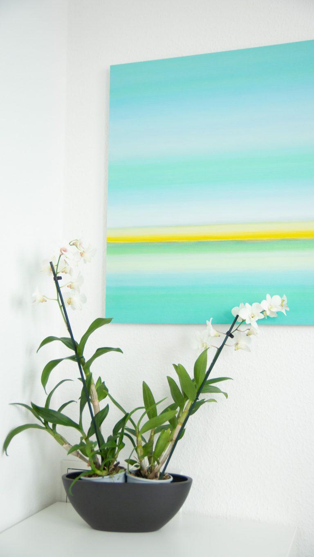 Blumen und Gemälde in der Praxis